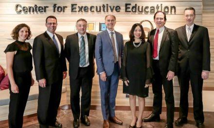 """คณะผู้บริหารระดับสูงจาก """"มหาวิทยาลัยสแตนฟอร์ด"""" เยือน """"SEAC"""" เป็นครั้งแรกในเมืองไทย เล็งแนวทางการขยายธุรกิจร่วมกันในอนาคต"""