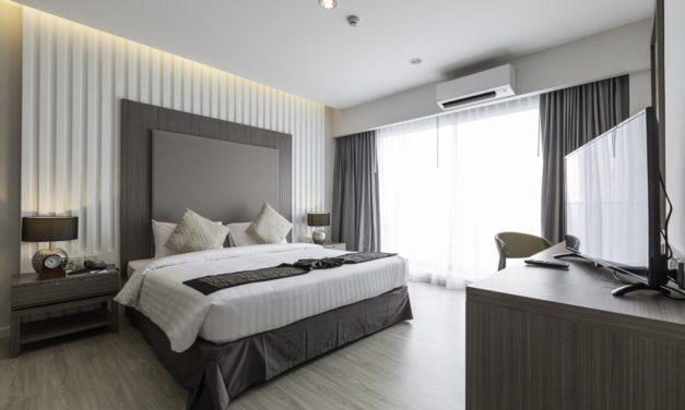 สงกรานต์ปีนี้ไปเที่ยวกันเถอะ!  จองก่อนมีสิทธิ์ก่อน พร้อมรับส่วนลดทันที 400 บาท เมื่อเข้าพัก 2 คืน ณ 11 โรงแรมในเครือ เคป & แคนทารี โฮเทลส์