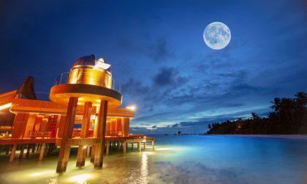 อนันตรา คิฮาวาห์ มัลดีฟส์ สวรรค์ของนักดูดาว ร่วมเฉลิมฉลองครบรอบ 50 ปี ก้าวแรกของมนุษยชาติบนดวงจันทร์